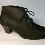 Rieker - nádherná, zateplená botka s podpatkem se zavazováním na tkaničku