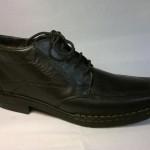 Rieker - černá, hladká, zateplená bota na tkaničku