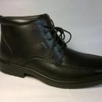 Manitu - elegantní, zateplená, černá botka